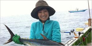 釣りガールの福島和可菜さん画像