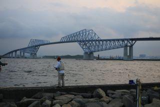 恐竜橋の近くの釣り場