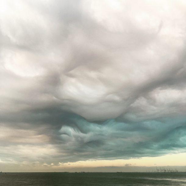 恐ろしい雲
