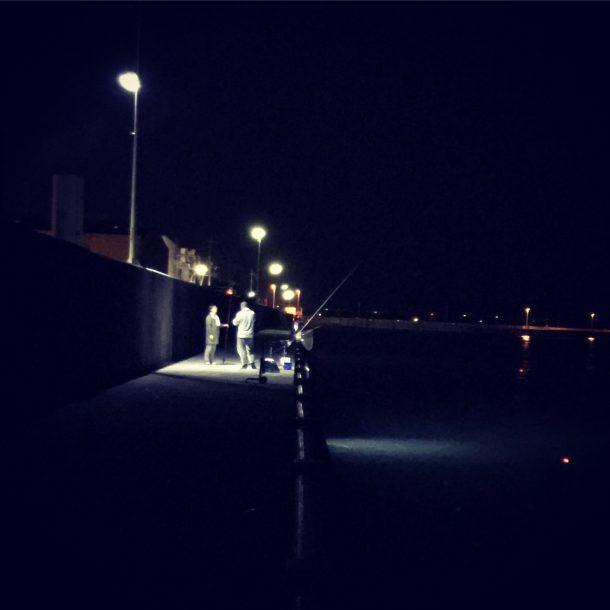 夜釣りのイメージ